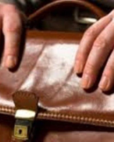 Συγκινητική ιστορία: καστανάς βρήκε μια τσάντα γεμάτη με λεφτά και…