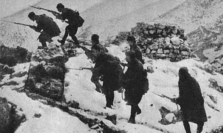Της Τρίπολης οι λοχαγοί… Ελλήνων προμαχούντες
