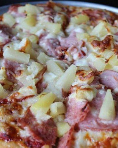 """Πέθανε ο Αρκάς που """"εφηύρε"""" την πίτσα με ανανά"""